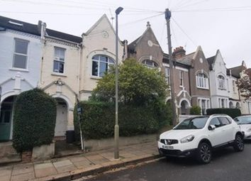 2 bed maisonette to rent in Dahomey Road, London SW16