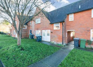 Thumbnail 1 bed flat to rent in Stuart Crescent, Winchester