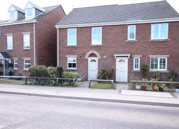3 bed  to let in Pennine View