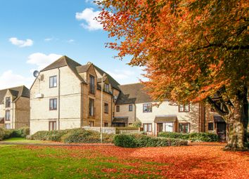Thumbnail 2 bedroom flat for sale in Beechgate, Witney, Oxfordshire