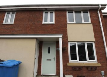 2 bed property to rent in Thirlmere Way, Kingswood, Hull HU7