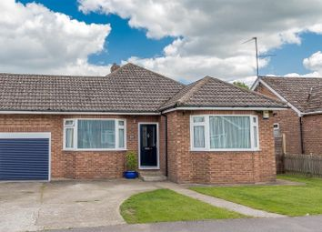 Thumbnail 4 bed link-detached house for sale in Sycamore Drive, Twyford, Reading