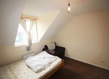 Thumbnail 2 bedroom property to rent in Springwood Crescent, Edgware