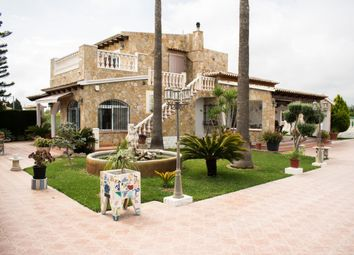 Thumbnail 6 bed chalet for sale in Playa, Oliva, Spain