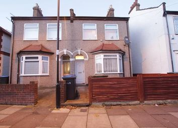 Thumbnail 1 bed flat to rent in Beaconsfield Road, Enfield, London
