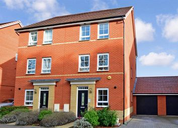 3 bed town house for sale in Broadhurst Place, Basildon, Essex SS14