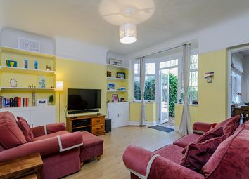 Thumbnail 1 bedroom flat for sale in Vale Crescent, Kingston Vale