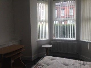 Thumbnail Room to rent in Room 1 Wilderspool Causeway, Warrington
