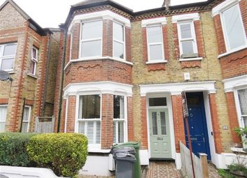 Thumbnail 1 bedroom flat to rent in Hainthorpe Road, London