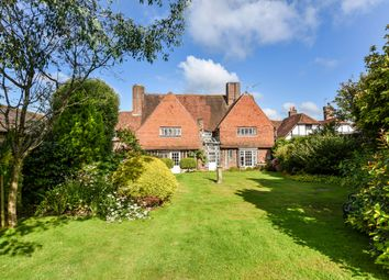 Thumbnail Detached house for sale in Dragon Street, Petersfield