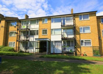 Thumbnail 2 bed flat for sale in Chaulden House Gardens, Hemel Hempstead