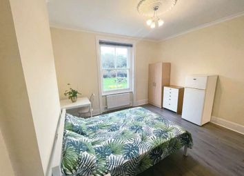 Thumbnail 4 bed property to rent in Fairlawn Mansions, London