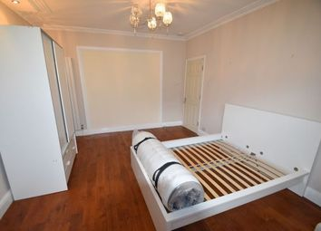 Room to rent in Brunswick Road, London W5