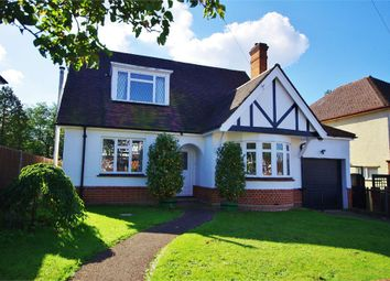 Thumbnail 3 bed detached house to rent in Parkside Drive, Watford, Hertfordshire
