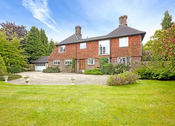 Thumbnail 5 bed detached house to rent in Forest Road, Tunbridge Wells