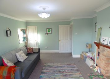 Thumbnail 1 bed flat to rent in Spring Road, Abingdon