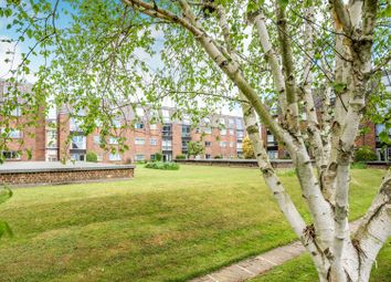 Thumbnail 2 bed flat for sale in Swan Street, Petersfield