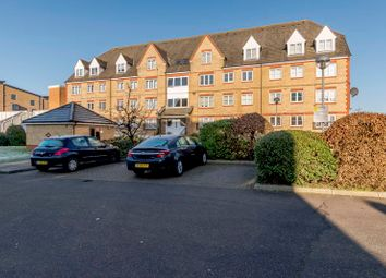 2 bed flat for sale in Station Road, Elstree, Borehamwood WD6