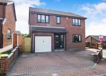 Thumbnail 5 bed detached house for sale in Nunns Court, Featherstone, Pontefract