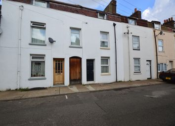 Thumbnail Room to rent in Layfield Road, Gillingham