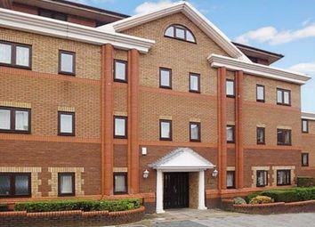 Thumbnail 1 bed flat to rent in Collingdon Street, Luton