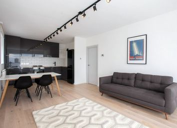 Thumbnail 3 bedroom flat to rent in Commercial Street, London
