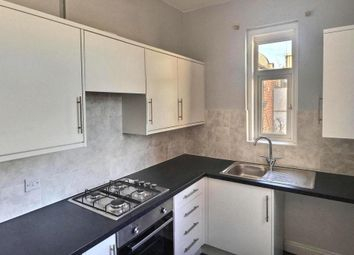 Thumbnail 1 bed flat to rent in The Avenue, Cirencester