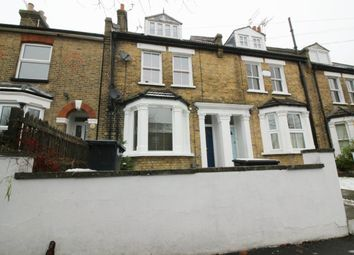 Thumbnail 2 bed flat to rent in Cromwell Avenue, Cheshunt, Waltham Cross