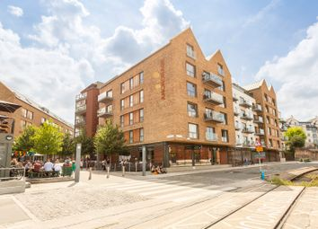 Thumbnail 2 bedroom flat for sale in Gaol Ferry Steps, Wapping Wharf, Bristol