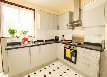 Thumbnail Room to rent in Gibbon Road, London