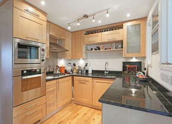 Thumbnail 2 bed flat to rent in Lambton Road, Raynes Park