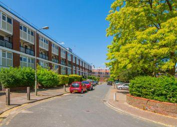 3 bed maisonette to rent in Maskelyne Close, Battersea SW11