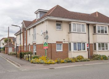 Kingston Road, Shirley, Southampton SO15. 2 bed flat for sale