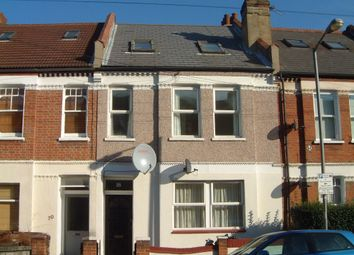 Thumbnail 2 bed flat to rent in Coverton Road, London