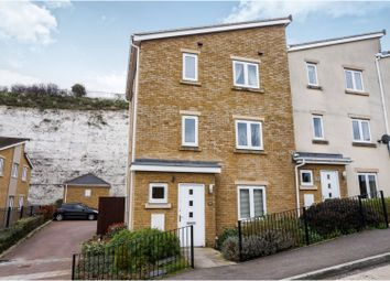 3 bed end terrace house for sale in Ward View, Chatham ME5