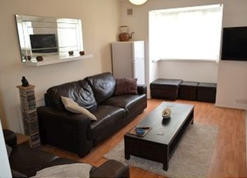 Thumbnail 1 bedroom flat to rent in Isabella Close, London