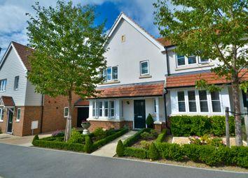 Watermeadow Lane, Storrington, Pulborough RH20. 3 bed end terrace house