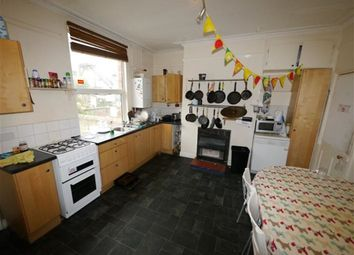Thumbnail 6 bedroom property to rent in Brudenell Mount, Hyde Park, Leeds