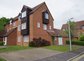 Thumbnail 2 bed flat for sale in Dewell Mews, Swindon