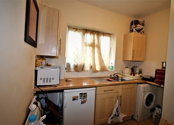 1 bed property to rent in Wynchgate, Southgate, London N14
