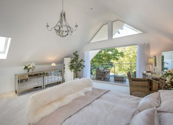 Thumbnail 5 bedroom detached house for sale in Pallance Road, Cowes