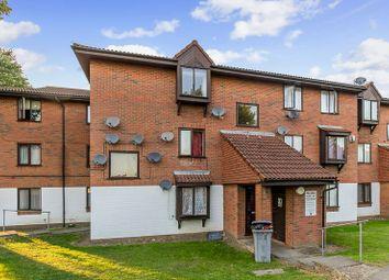 Denning Avenue, Waddon, Croydon CR0. 2 bed flat
