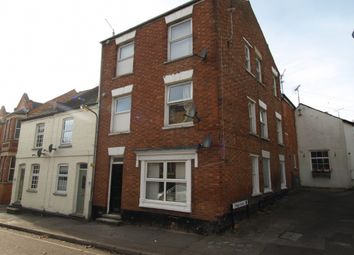 Thumbnail 1 bed maisonette to rent in Silver Street, Newport Pagnell, Buckinghamshire