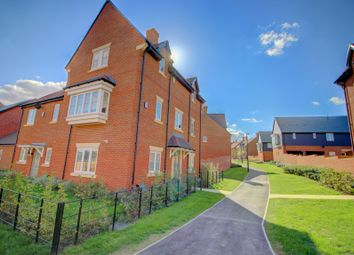 Thumbnail 4 bed detached house for sale in Charlock Place, Warfield, Bracknell