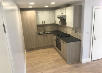 Thumbnail 2 bed flat to rent in Lancaster Road, London, New Barnet