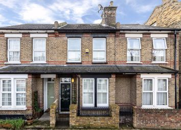 3 bed property for sale in Felix Road, London W13