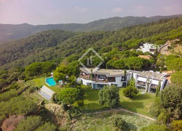 Thumbnail 6 bed villa for sale in Spain, Barcelona North Coast (Maresme), Supermaresme, Mrs4372