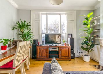 Thumbnail 3 bed flat to rent in Buckingham Road, Islington, London