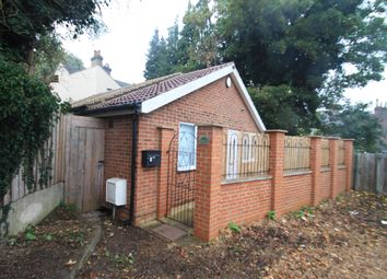 Thumbnail 1 bed bungalow to rent in Brantwood Road, Luton