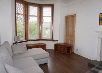 201 Clarkston Road, Glasgow G44. 1 bed flat